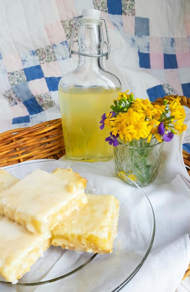 Lemon Bars with a Shortbread Crust