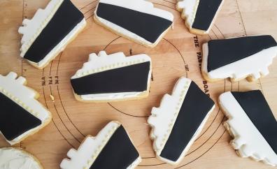 Titanic sugar cookies! #faustbakes