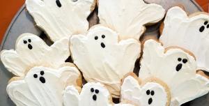 Spooky #Halloween dinner #table ideas with #FaustBakes for #HostingHalloween