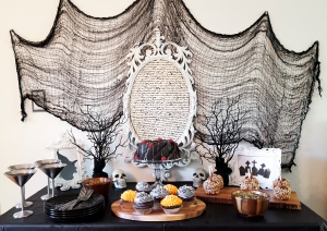 Witchy Treat Table #FaustBakes #Witches #HalloweenParty
