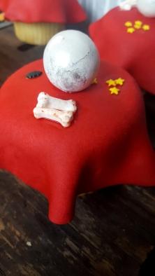 Gumballs make perfect crystal balls