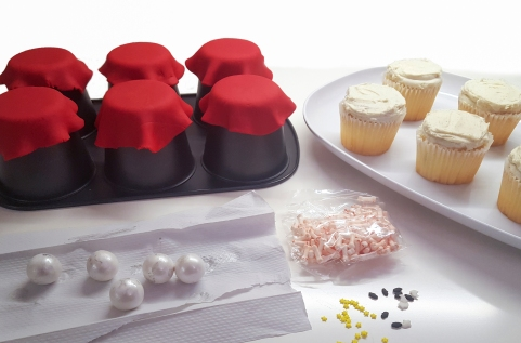 How to make crystal ball cupcakes for Halloween as Smart Object-1 as Smart Object-1